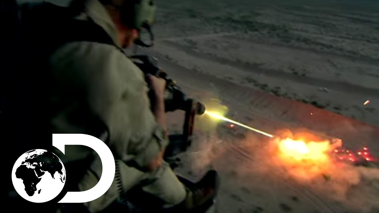 U.S. Marine Air Helicopter and this Crazy Terminator Weapon in action