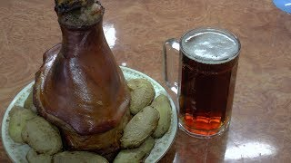 Свиная рулька в пиве / Pork knuckle in beer