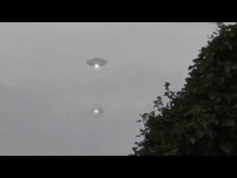 Breathtaking UFO Video Caught On Tape!! Best UFO Videos 2017