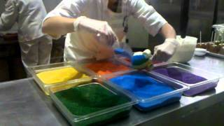 Making a rainbow candy apple @downtown Disney