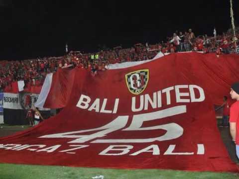 Brigaz Bali -Proses Pembuatan Replika Jersey Bali United Sampai Koreo Di Dalam Stadion