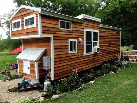 Mustard seed tiny house for family of four tinyhouses for Tiny home for family of 4