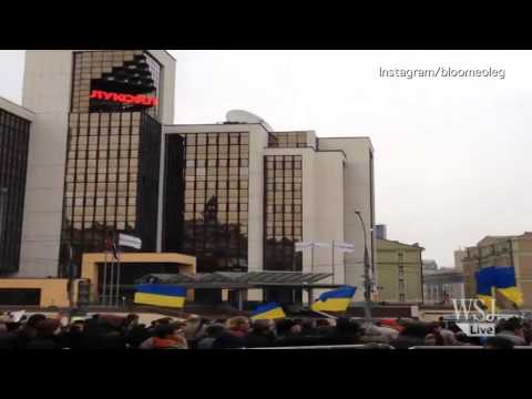 Moscow Protesters March Against Crimea Intervention