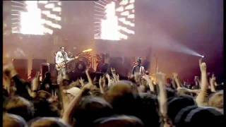 "Placebo ""Taste In Men - Slave To The Wage"" [Live In Paris]"