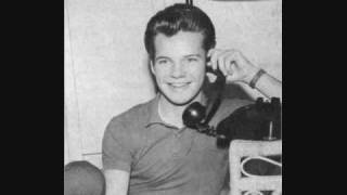 Bobby Vee - Tears On My Pillow (1961)