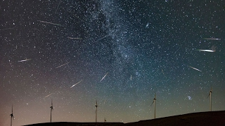 Perseid Meteor Shower over Greece (Timelapse)