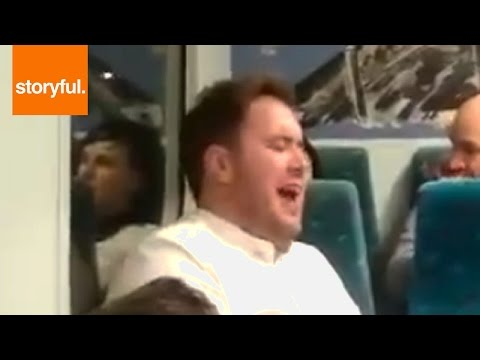 Random Guy Starts Opera Singing On Train