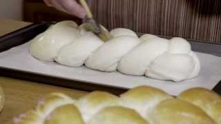 Washes: How To Use An Egg Wash On A Braided Loaf