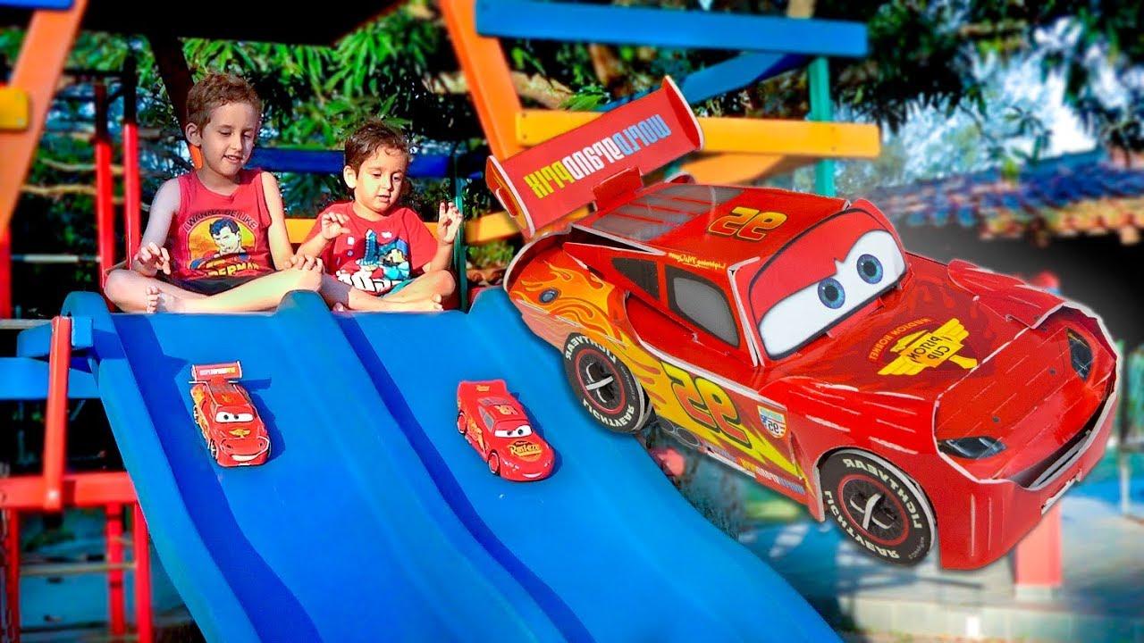 Download MCQUEEN dos CARROS de Papel Brincando na Pracinha - Paulinho e Toquinho para Crianças