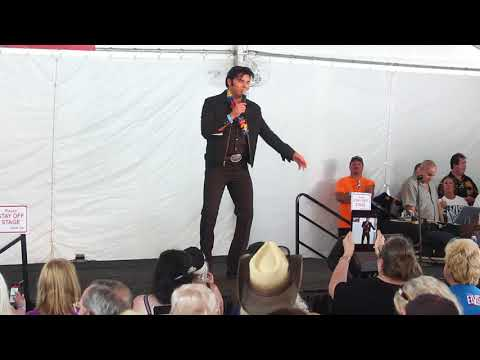 Cody Slaughter Sings 'Pocketfull Of Rainbows' New Tent Aug 2017
