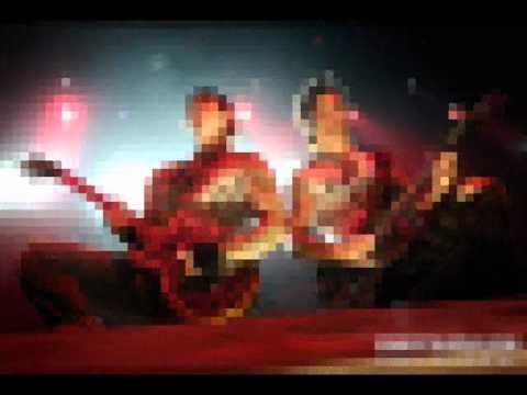 Avenged Sevenfold - Warmness On The Soul (instrumental)