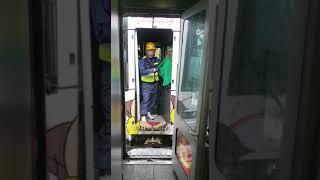 (家人代攝)JR四国 特急うずしお 6号 N2000系、南風6号 2000系 宇多津駅 併結。