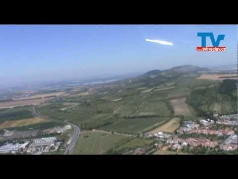 Letecké záběry Lednicko valtický areál - Mikulov - Pálavské vrchy