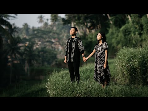 Cinematic Bali Couple Session - Voigtlander Nokton Classic 35mm + A7III