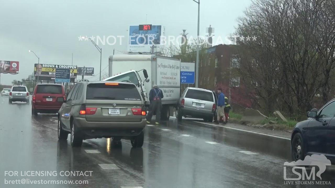 04-25-2018 Kansas City, MO Rainy Car Wreck