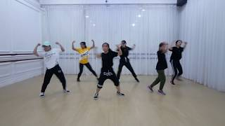 Ariana Grande God is a woman Dance Choreography Video by @aksomoz