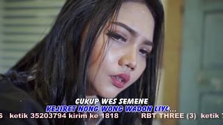 Смотреть клип Syahiba Saufa - Kecandak