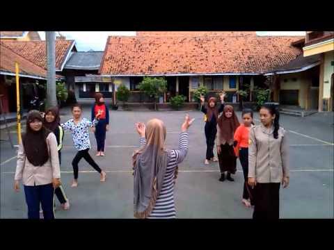 Jaipong Dance and Gamelan Music