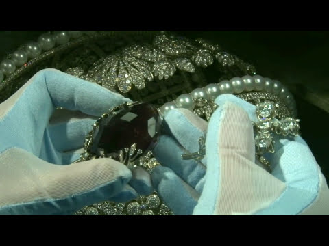 $100 mln Russian diamond crown. How royal jewelry was made.
