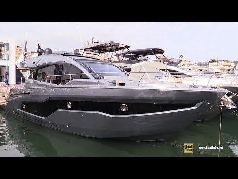 2019 Cranchi E52S Evoluzione - Quick Exterior Walkaround - 2018 Cannes Yachting Festival