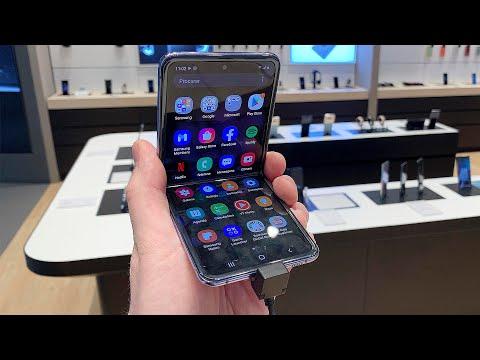 Samsung Galaxy Z Flip - Первое впечатление в магазине (Складной телефон с гибким экраном)