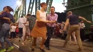 Pepita swing party a Szabadság hídon 2016.08.23.