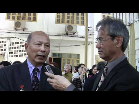 NEO LAO SANG XAT MEDAL DECORATION TO LAO-OVERSEAS 2.mpeg