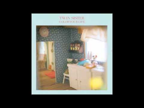 Клип twin sister - Phenomenons