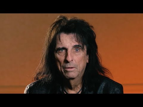 Alice Cooper: 'Evil Bands' + Marilyn Manson Religious Talks