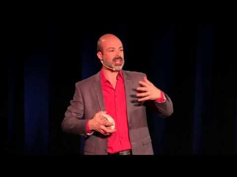 Berner le cerveau pour traiter les troubles d'anxiété: Stephane Bouchard at TEDxGatineau