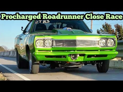 Procharged RoadRunner vs Twin Turbo Camaro Close Race