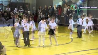 Зимний вальс закружил в волшебном танце молодых танцоров Кингисеппа