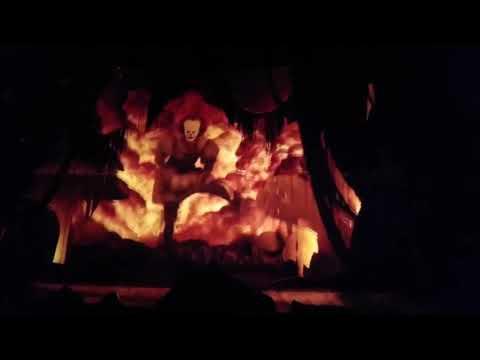 Пеннивайз (ОНО) танцует хардбасс