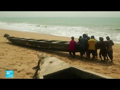 ...بنين.. البحر يبتلع الساحل تدريجيا بسبب الاحتباس الحرا  - نشر قبل 1 ساعة