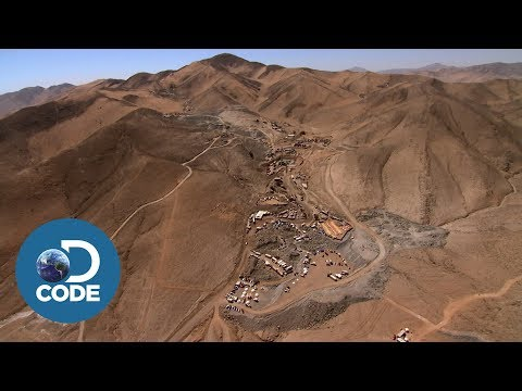 How the Chilean Miners Got Trapped Deep Underground - Rescued: The Chilean Mine Story [1/5]