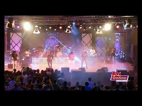 Joyce Blessing's performance at 2017 Adom Praiz