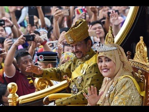 Sultan of bling: Brunei monarch marks golden jubilee in style
