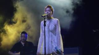 Gambar cover Olivia Ong-Close To You (NParks Concert Series)