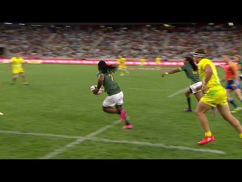 Afrika's INSANE step to score v Australia
