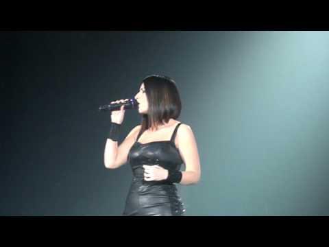 Laura pausini invece no ascolta il tuo cuore p 2 live for Laura pausini ascolta il tuo cuore