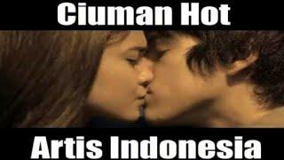 Download Video 5 adegan ciuman bibir artis indonesia MP3 3GP MP4