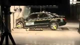 Crash Test Audi A8