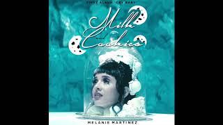 Melanie Martinez - Milk and Cookies 3D (listen with headphones)