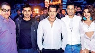 Salman Khan ,Jacqueline Fernandez POSES With Meet Bros After Shoot Of Heeriye Song | Race 3
