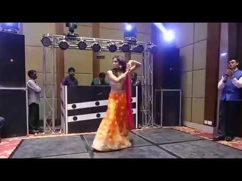 Aaja Na chule Meri Chunari Sanam Dance mp4jio xyz