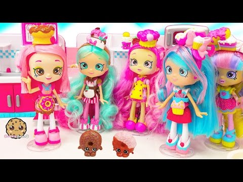 Chef Club Season 6 Shopkins Shoppies Doll Donatina with Exclusives + Playdoh Donuts
