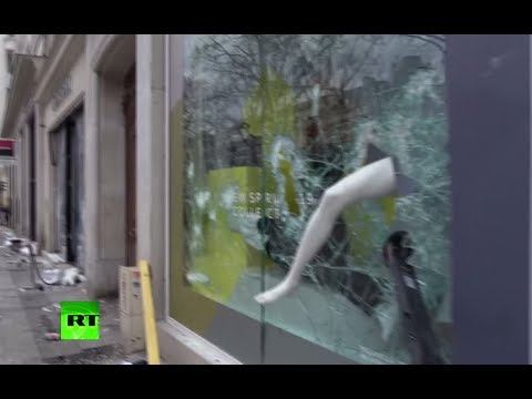 Yellow Vest protesters attack businesses, burn vehicles on Champs-Elysees