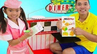 Emma Pretend Play as Waitress w Diner Restaurant Food Kitchen Kids Toys