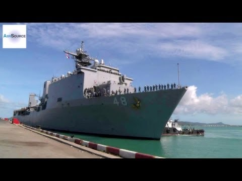 USS Ashland Leaves Pier in Thailand