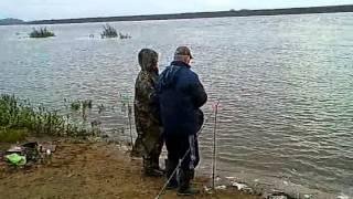 Рыбалка в Рязани на реке Оке.